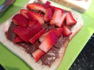 Filling of strawberry, nutella and choc chips